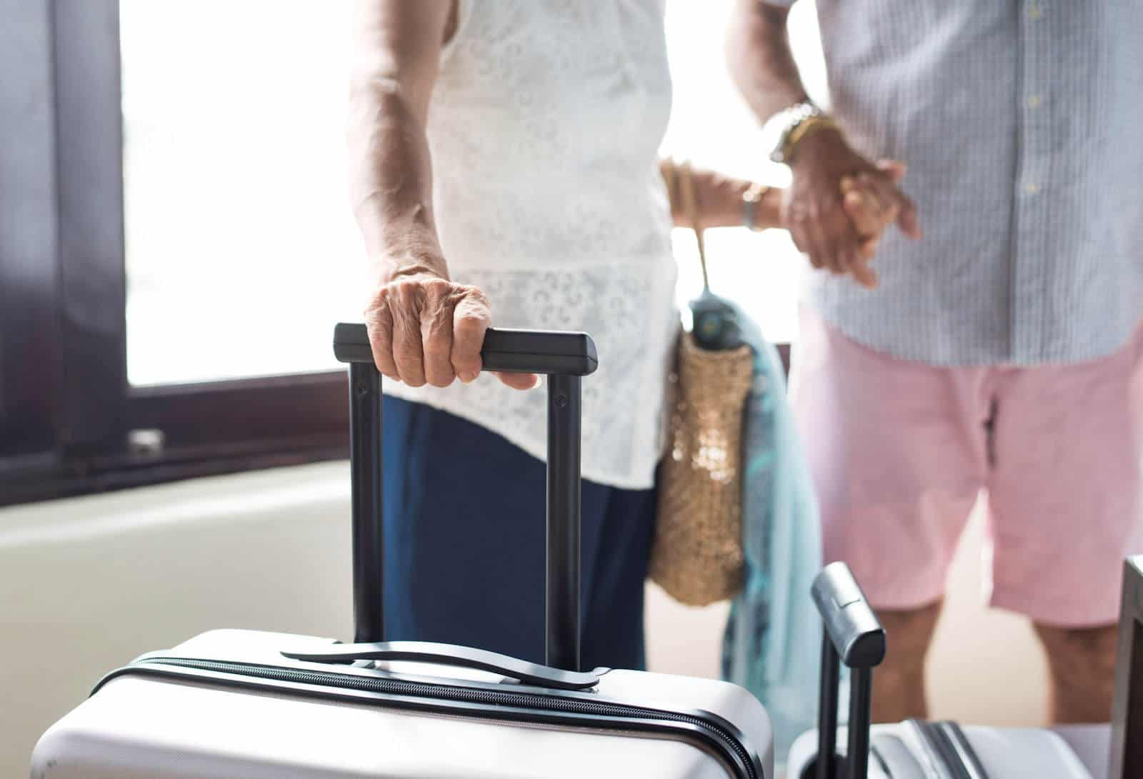 Holiday Inn Express & Suites Omaha – Millard Area