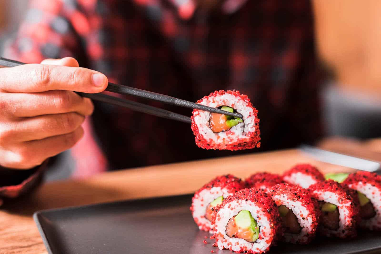Oishi Sushi Restaurant & Bar of Shawnee