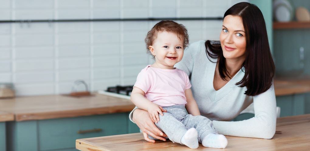 Babysitting & Child Care Services